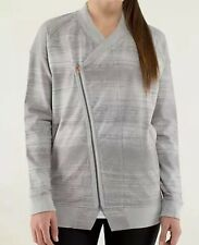 Lululemon Mula Bundle wrap Jacket Size 4 Silver Spoon Stripe (Will fit size 6)