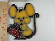 VINTAGE  MOUSE STRAWBERRY  SUN CATCHER WINDOW DECORATION  (A-17)