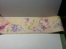 Floral Lilac patal color, bathroom, bedroom  wallpaper border by Wallquest
