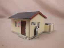 HO SCALE CONCRETE/BRICK/MASONRY DEALER OFFICE STRUCTURE LAYOUT BUILDING LOT 122