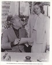CECIL B DEMILLE EVELYN KEYES Original CANDID Vintage 1937 THE BUCCANEER Photo