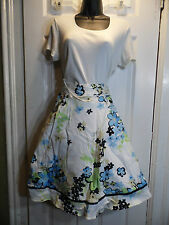 Vintage Johnathan Martin Skirt  Floral Large White Black Blue Circle