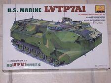 Maquette MINI HOBBY MODELS  1/35ème  U.S. MARINE  LVTP7A1