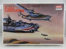 Academy CONSOLIDATED-VULTEE B-24J LIBERATOR 1/72 Scale Plastic Model Kit UNBUILT