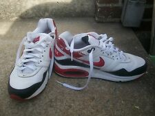 WMNS LOVE NIKE AIR MAX NAVIGATE SZ  9 WHITE/BLK/RED RUNNING SHOES 456978-100 GC