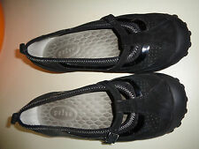 Privo by Clarks Black Suede Mary Janes w/ Buckle EUC Rubber Sole 5M