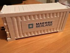 LEGO MAERSK LINE TRAIN SHIP SHIPPING CONTAINER WHITE (ROUND LOG BRICK)