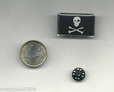 Spilla Metallo Smaltata Bandiera Pirati, Pin Enamel Flag Jolly Roger 3,20 x 2,00