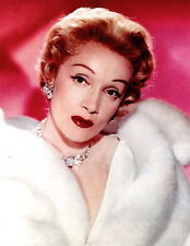 Marlene Dietrich in Fur 8x10 photo R0680