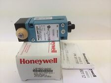 NEW - IN BOX HONEYWELL MICRO-SWITCH PLUNGER STYLE LIMIT SWITCH LSYEC1ADD