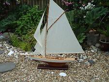 Modello di grandi dimensioni Lulworth Yacht 95cm SU STAND IN LEGNO FATTO A MANO-spedizione Marittima Barca.