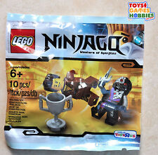 LEGO Ninjago Dareth vs. Nindroid Polybag Set Brown Ninja 5002144