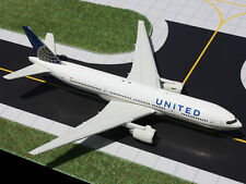 Gemini Jets United Airlines Boeing 777-200ER 1:400