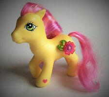 LITTLE PONY – ROYAL BOUQUET- 3D FLOWER – YELLOW PONY - PINK SHADED MANE & TAIL