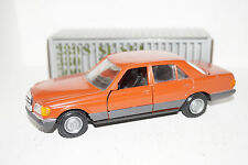 NZG Mercedes-Benz 280 S/SE/SEL 500SE/SEL rot/orange 1:35 in OVP