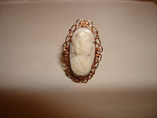 VINTAGE UNIQUE HAND MADE CAMEO CORAL RING 10 KARAT YELLOW SOLID GOLD SIZE 5