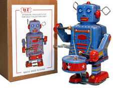 Tin Toy Windup Drummer Robot Marching - SALE! - FREE SHIPPING!