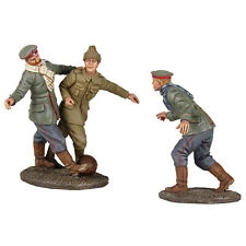 W Britain 23088 A Friendly Game 1914 Christmas Truce Soccer Set No 2 Toy Soldier