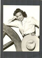 LOVELY DOROTHY MALONE IN WESTERN OUTFIT WITH WAGON WHEEL - PHOTO BY WELBORNE