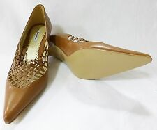 Women shoe brown pointy toe shoes size 7.5