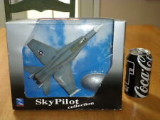 USA, F-18 HORNET, FIGHTER PLANE, NEW RAY TOYS - PLASTIC COLLECTIBLE, Scale 1:72
