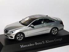 Mercedes Benz classe E coupé C207 Restylée / facelift de 2013 au 1/43 de kyosho