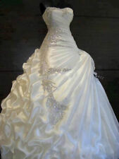 Luxury Crystal Satin Plus Size Wedding Dresses Ball Gown Bridal Wedding Gowns