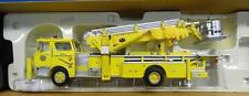 CORGI - HEROES UNDER FIRE - MACK CF TOWER LADDER TRUCK - CHERRY HILL, NJ - NM279