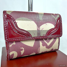 Rare Burberry Hearts Patterned Medium Ladies Wallet Purse Very Good Condition