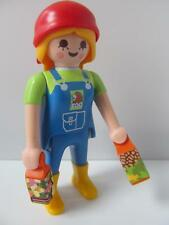 Playmobil lady zoo keeper figure with food cartons NEW