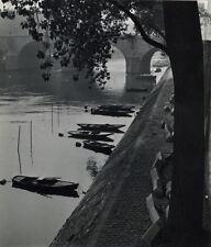 Photo F.Fiando Paris Bord de la Seine Pêcheur Vers 1950