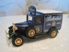 "/MATCHBOX  collectibles FORD A 1930 "" BALLANTINES"" neuf boite 1/43"
