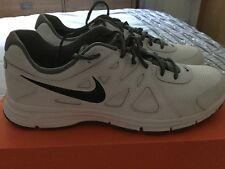 Men's Revolution 2 Nike Trainers White Nwt