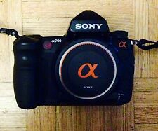 Sony Alpha A900 / 24 MP Full Frame + VGC90AM grip kit1 (19,195 Shutter Count)