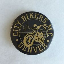 VINTAGE OLD CITY BIKERS M.C. MOTORCYCLE CLUB DENVER PINBACK BUTTON PIN MOTORBIKE