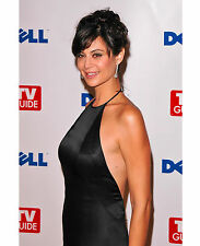 CATHERINE BELL 8x10 PHOTO PICTURE HOT SEXY CANDID 18