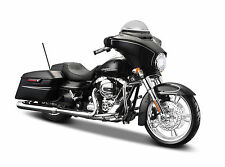 2015 HARLEY DAVIDSON STREET GLIDE BLACK MOTORCYCLE MODEL 1:12 BY MAISTO 32328-6