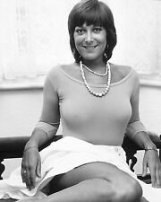 "Lynda Bellingham 10"" x 8"" Photograph no 4"