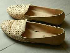 Pantofole beige borchie ZARA Beige studded Slippers loafers UK4 IT37