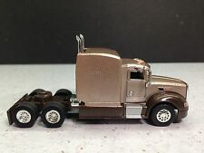 HO 1/87 TSH-103 Peterbilt 386 Tractor w/Sleeper Sherry/Brown