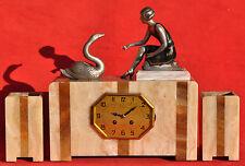 """Pendule Art-Déco """"Femme au Cygne"""" Sugné P.Sega - marbre & régule - Années 1930"""