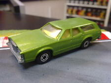 Matchbox Cougar Villager metallic groen