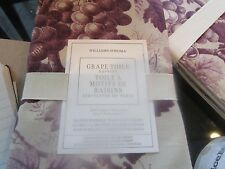 Williams Sonoma Grape Toile  napkins Set of 4 each purple New