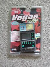 NEW 1998 MGA ENTERTAINMENT VEGAS BLACKJACK HANDHELD GAME FLIP TOP COVER FREE SH