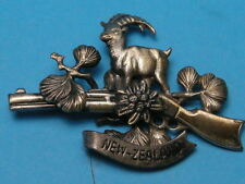 NEW ZEALAND HUNTER'S PIN BACK BADGE, RIFLE, HORNED SHEEP, FERNS SILVER