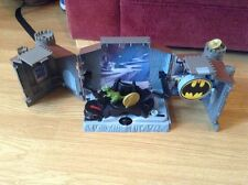 MATTEL HOT WHEELS MINI BATCAVE USED NO ACCESSORIES OR FIGURES