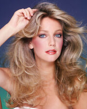 Heather Locklear UNSIGNED photo - H2856 - SEXY!!!!