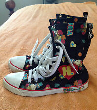 Womens HARAJUKU LOVERS YUMMY High Top SNEAKERS sz 7 Canvas Black Print Shoes