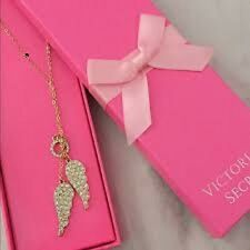 Victoria's Secret Angel Wings Necklace Jewelry  New In Box! RP 78 $ !!!