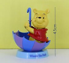 Disney 4.5cm action figure WINNIE THE POON INSIDE THE UMBRELLA